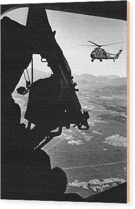 Vietnam War. Us Army Helicopter Wood Print by Everett