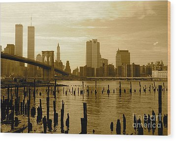 View From Brooklyn Bridge Park Wood Print by Mark Gilman