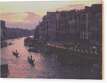 View From The Rialto Venice Wood Print by Tom Wurl
