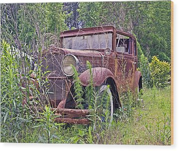 Wood Print featuring the photograph Vintage Automobile by Susan Leggett