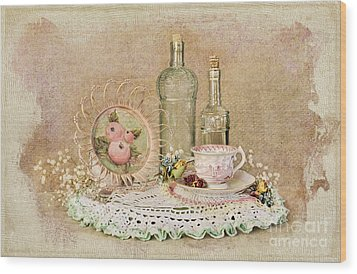 Vintage Bottles And Teacup Still-life Wood Print by Cheryl Davis