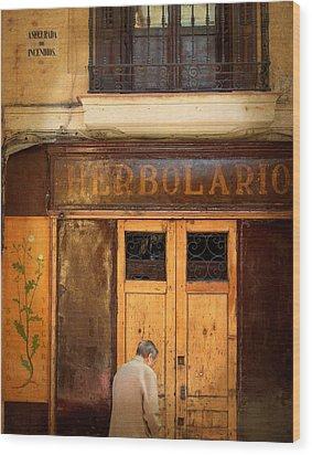 Vintage Facade In Madrid Wood Print by Perry Van Munster