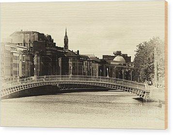 Vintage Ha'penny Bridge Wood Print by John Rizzuto