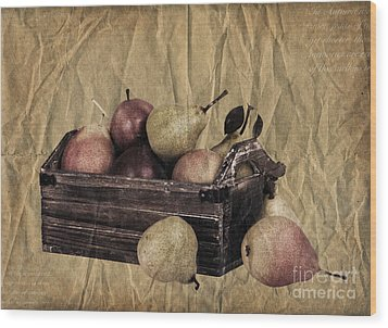 Vintage Pears Wood Print by Jane Rix