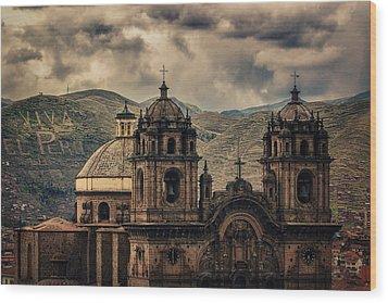 Viva El Peru Wood Print by Stuart Deacon