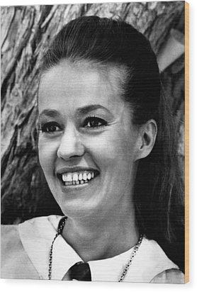 Viva Maria, Jeanne Moreau, 1965 Wood Print by Everett