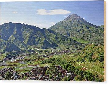 Volcano Near Dieng Plateau Wood Print by Jens U. Hamburg