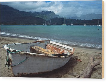 Waiting To Row In Hanalei Bay Wood Print by Kathy Yates
