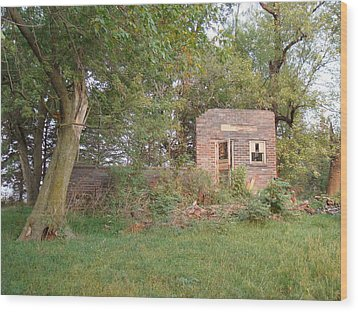 Wood Print featuring the photograph Walnut Grove School Ruins by Bonfire Photography