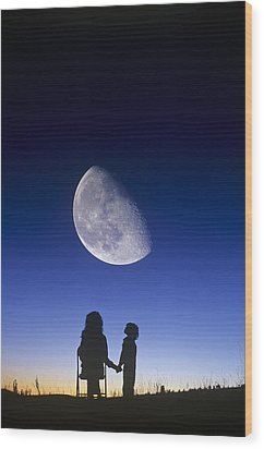 Waning Gibbous Moon Wood Print by David Nunuk