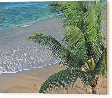 Warm Maui Waters Lapping Ashore Wood Print by Kirsten Giving