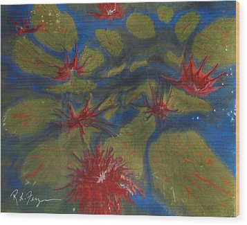Water Lilly Pond Wood Print by Roger Ferguson