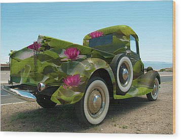 Water Lily Truck Wood Print by Carolyn Dalessandro