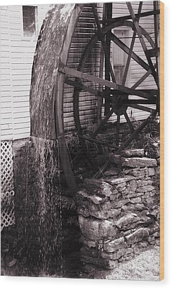 Water Wheel Old Mill Cherokee North Carolina  Wood Print by Susanne Van Hulst