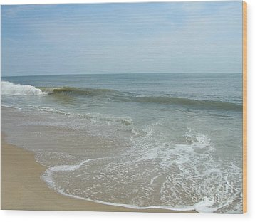 Wood Print featuring the photograph Wave by Arlene Carmel