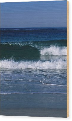 Wave Breaking Left On The Beach At 17 Wood Print by James Forte