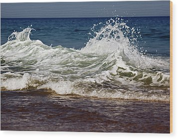 Waves In Motion Wood Print by Nick  Shirghio