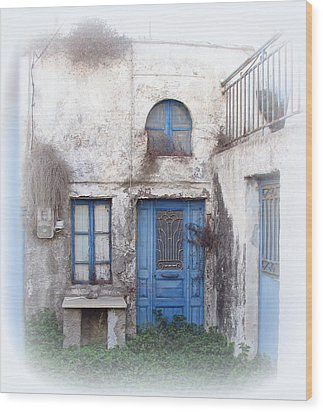 Weathered Greek Building Wood Print by Carla Parris