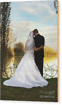Wedding Couple Wood Print by Cindy Singleton