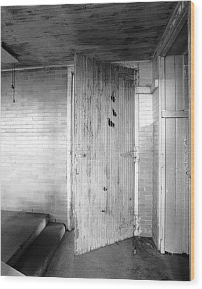 Wern Dairy Door Wood Print by Jan W Faul