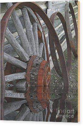 Wet Wheels Wood Print by Al Bourassa