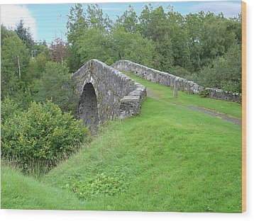 White Bridge Scotland Wood Print by Charles and Melisa Morrison
