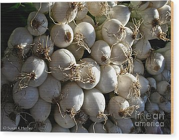 White Onions Wood Print by Susan Herber
