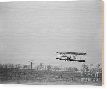 Wilbur Wright Piloting Wright Flyer II Wood Print by Science Source