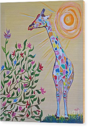 Wild And Crazy Giraffe Wood Print by Phyllis Kaltenbach