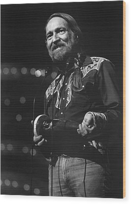 Willie Nelson, Cma Entertainer Wood Print by Everett