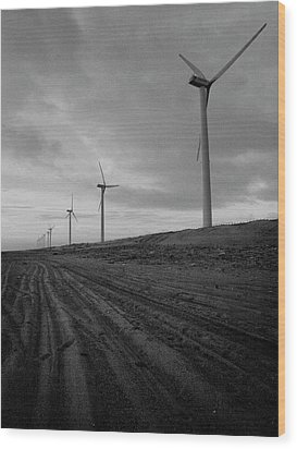 Wind Turbine Plant On Beach Wood Print by KUJIRAI kentaro