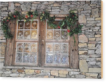 Window In The Old Mill Wood Print by Jan Amiss Photography