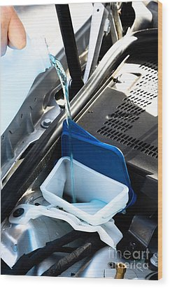 Windshield Cleaning Fluid Wood Print by Photo Researchers
