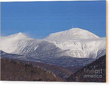 Windy Day At Mt Washington Wood Print
