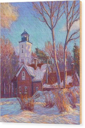 Winter At The Lighthouse Wood Print by Michael Camp