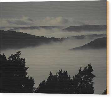 Winter Fog Mountains Wood Print by Rebecca Cearley