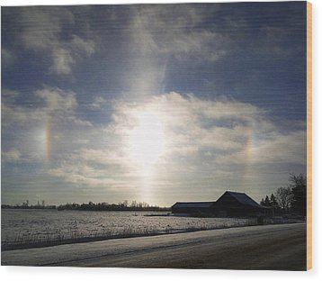 Winter Sun Dogs Wood Print