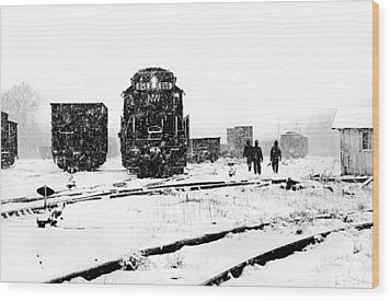 Wood Print featuring the photograph Winter Yard by Mike Flynn
