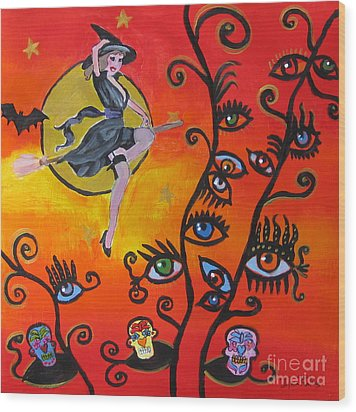 Witching And Watching Wood Print by Diana Riukas