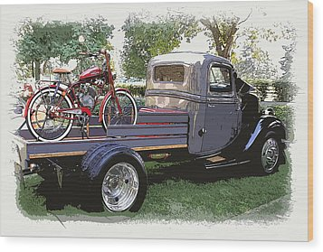 Wizzer Cycle At The Hot Rod Show Wood Print by Steve McKinzie