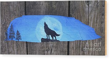 Wolf Howl1 Wood Print by Monika Shepherdson