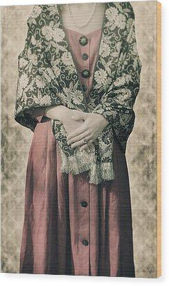 Woman With Shawl Wood Print by Joana Kruse