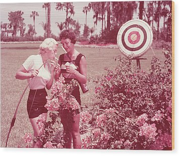 Women Holding Bow And Quiver By Target Wood Print by Archive Holdings Inc.
