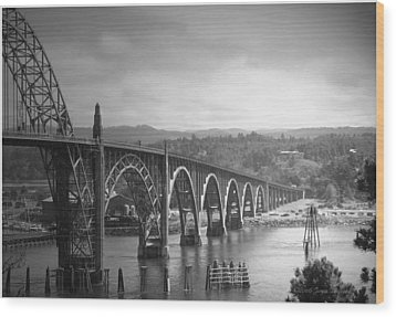 Yaquina Bay Bridge Oregon B And W Wood Print by Joyce Dickens