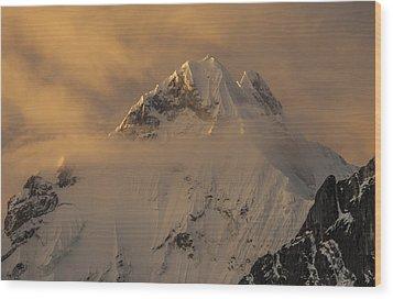 Yerupaja Summit Ridge 6617m At Sunset Wood Print by Colin Monteath