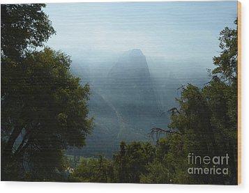 Yosemite Falls Hike Wood Print