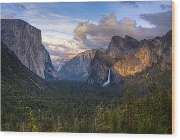 Yosemite Sunset Wood Print by Jim Neumann