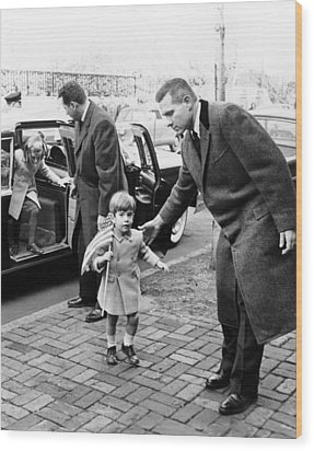 Young John And Caroline Kennedy Wood Print by Everett
