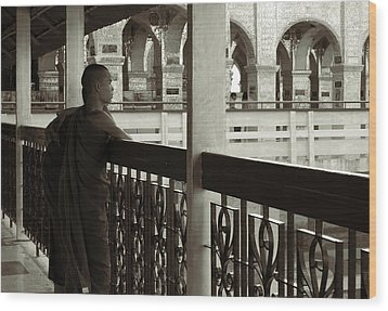 Young Monks In Mandalay Hill Wood Print by RicardMN Photography
