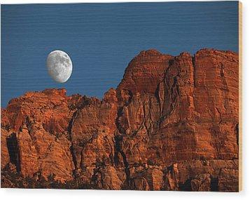 Zion Moonrise Wood Print by David Yunker